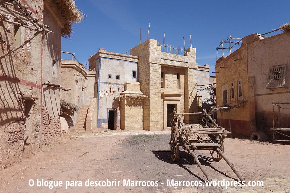Dentro dos estúdios de cinema de Ouarzazate